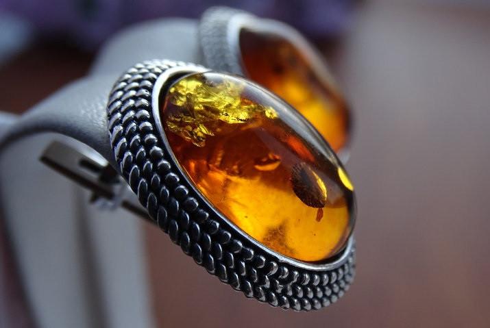Винтажные серебряные серьги с янтарем