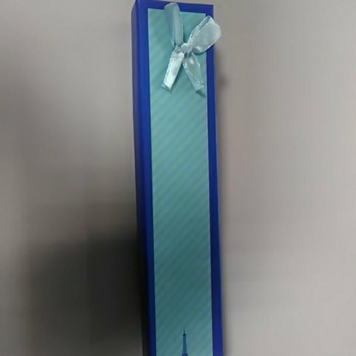 Коробочка для браслетов голубая с атласным бантом