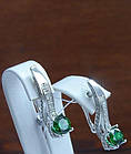 Серебряные серьги - подвески с зеленым камнем