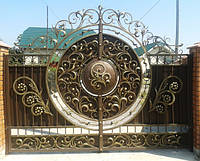 Кованые ворота -хранители уюта