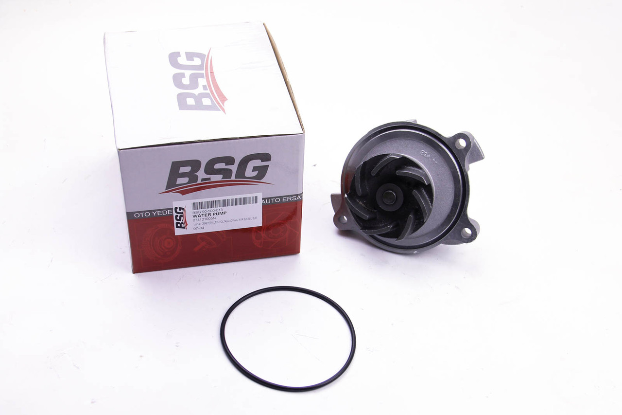 Водяной насос (помпа) Audi A6 2.4D/2.5TDI (20 зубцов) BSG