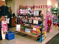 Стеллаж. Стеллажи для магазина одежды. Мебель для бутика. Торговое оборудование для магазина одежды