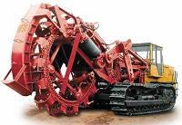 Траншеекопатели – узкоспециализированное оборудование под прокладку масштабных подземных магистралей