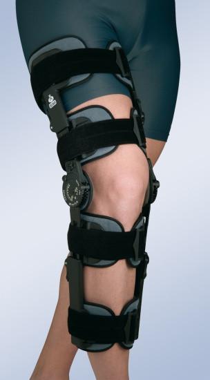 Армированный коленный ортез с ограничителем 94260 Orliman (Испания)