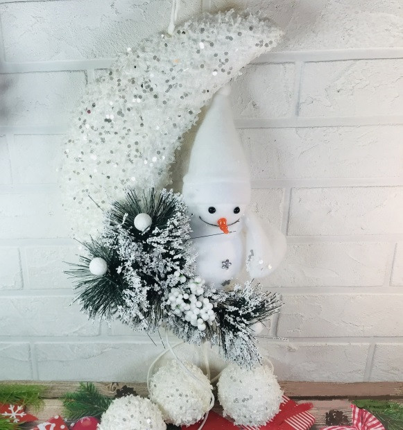 Подвесной снеговик на луне 60 см