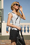 Белая женская блуза с аппликацией, фото 2