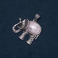 Кулон Слон с натуральным камнем Розовый кварц 44х40х50мм