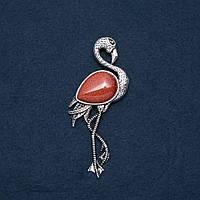 "Брошь кулон Фламинго с натуральным камнем Авантюрин ""золотой песок"" 85х30мм"