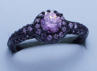 Кольцо Черное золото 14 к циркон розовый сапфир имитация