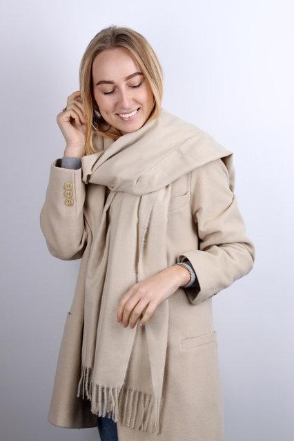 Стильный теплый шарф на зиму для девушек