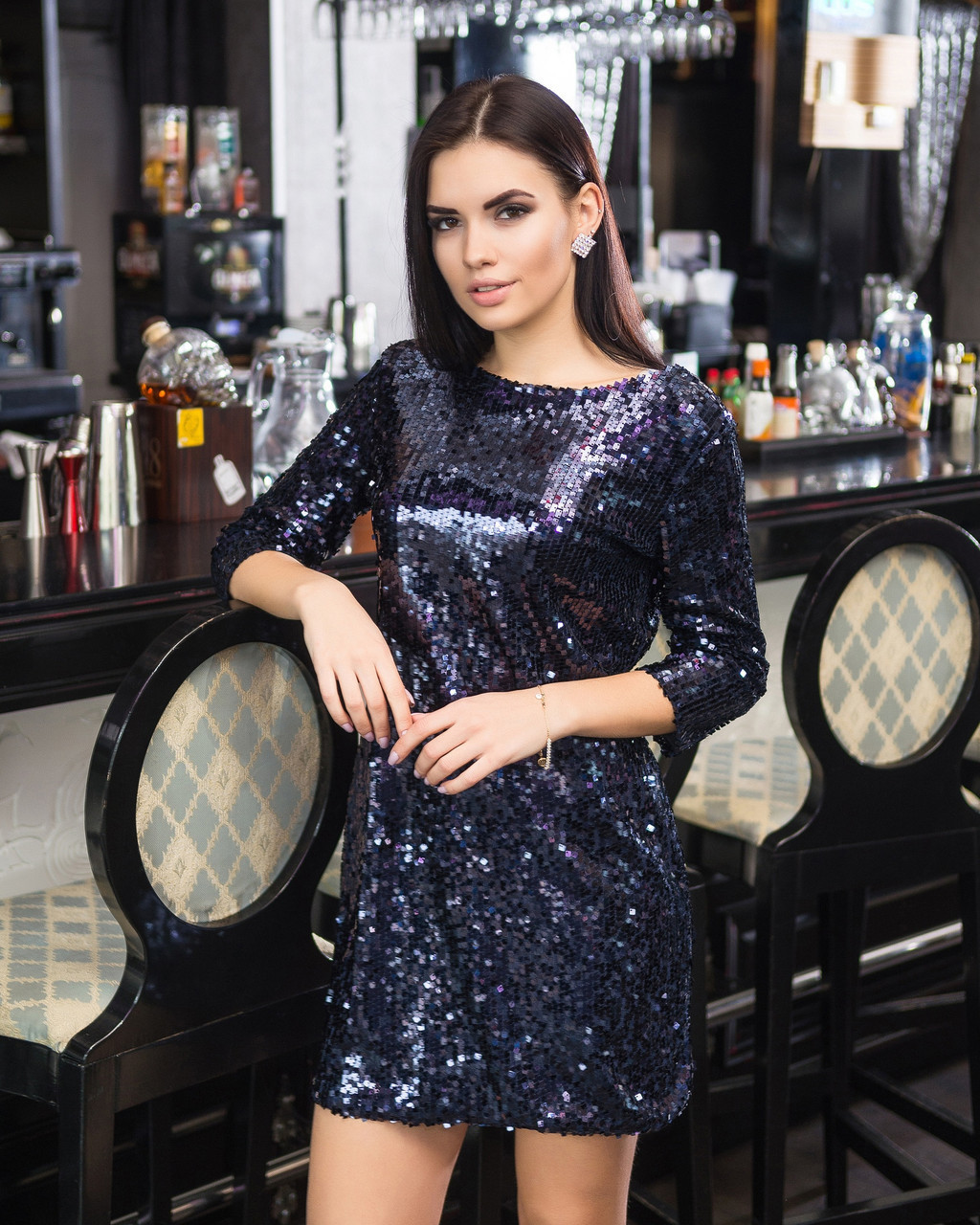 Платье из пайетки с вырезом на спине 45py2223