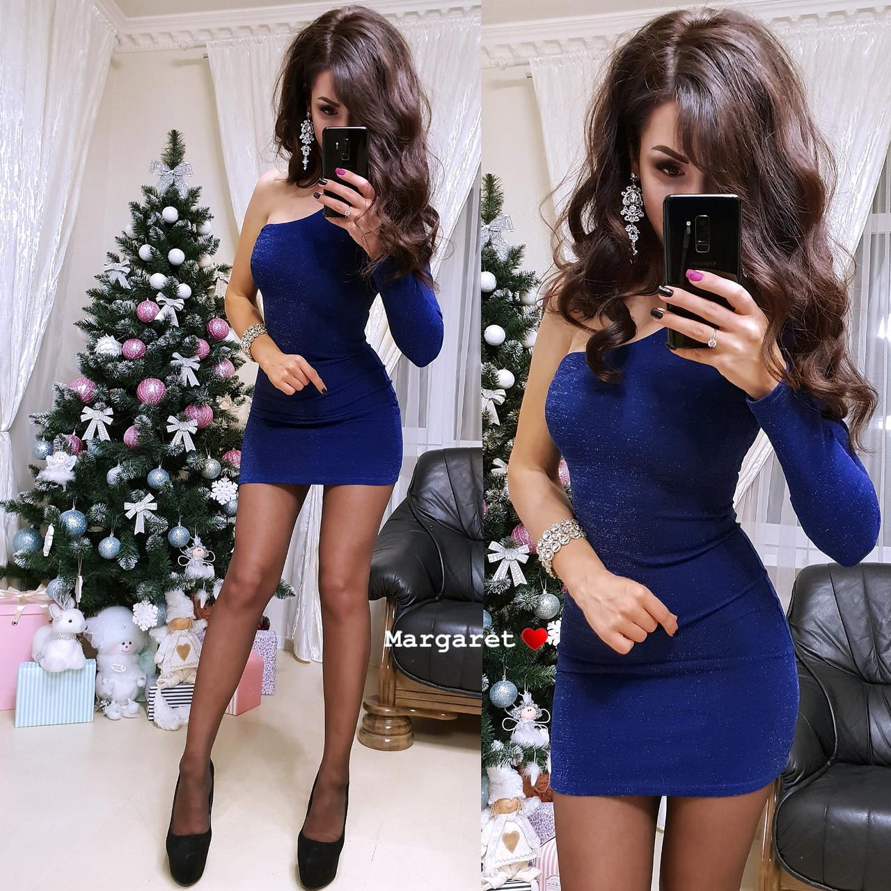 Короткое облегающее платье с одним рукавом 9py2232