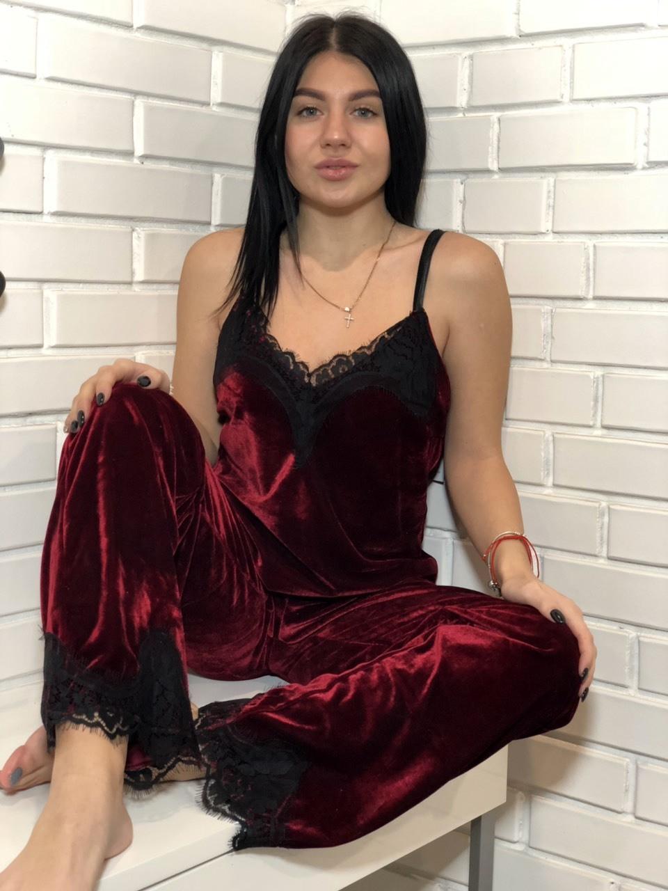 Женский велюровый комплект пижамы ТМExclusive: майка и штаны бордового цвета