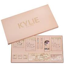 Подарочный набор профессиональной декоративной косметики Kylie Jenner