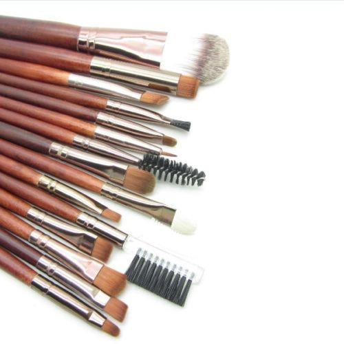 Набор из 15 кистей для макияжа