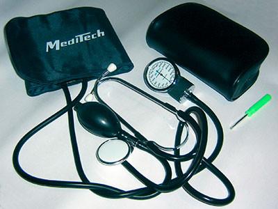 Тонометр механічний Meditech МТ-10 з фонендоскопом