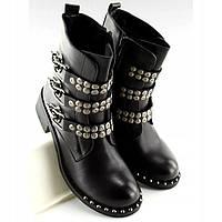 Ботинки чёрные пререди декорированы ремешками, фото 1