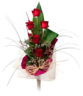 Свіжі троянди кур'єрська доставка