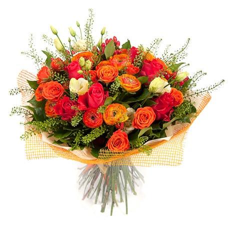 Троянди і букети з троянд з доставкою