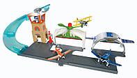 Disney Planes Игровой набор Аэропорт и самолетик Дасти