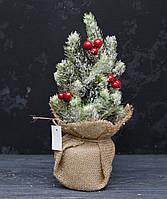 Ель литая в снегу с ягодками 30см в мешку