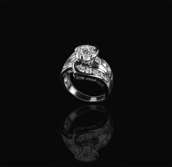 Золоте кільце з діамантами С19Л1№9