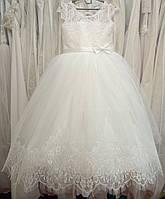f038aa22990 Пышное белое нарядное детское платье с гипюровым лифом и кружевом на 6-8 лет