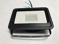 Светодиодный прожектор со встроенным датчиком движения PREMIUM SLS16-30 30W 6500K IP65 Код.59337