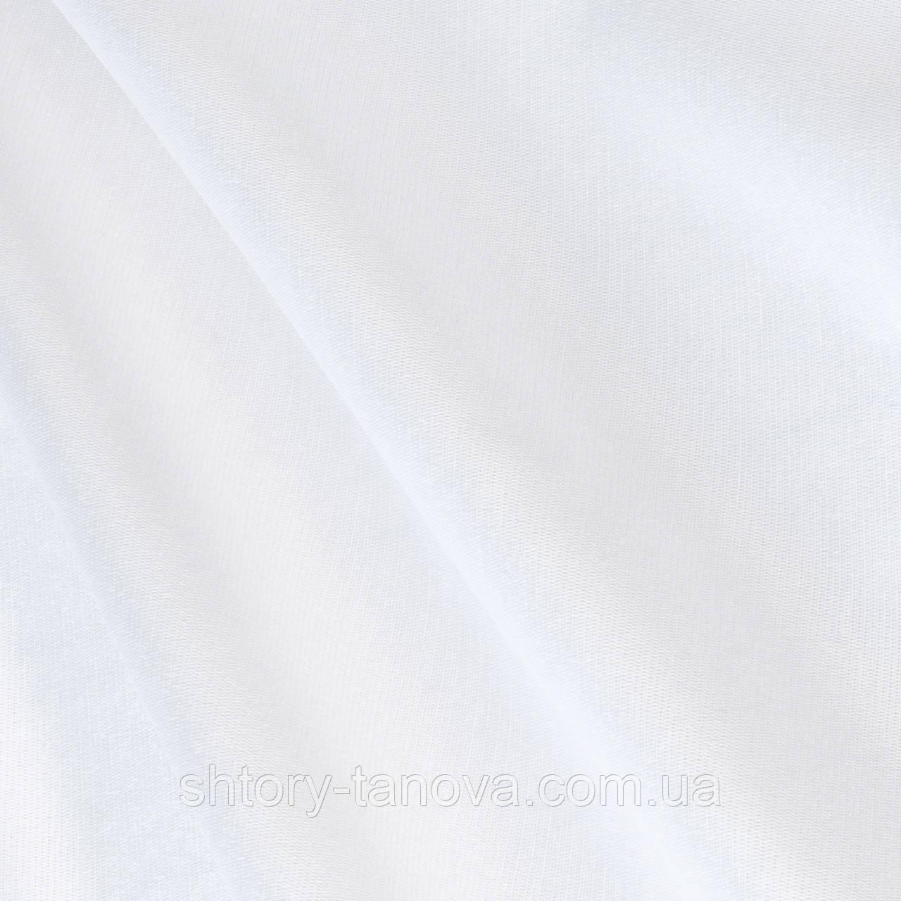 Однотонна скатертная гладка тканина білого кольору для ресторану