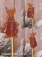 Сувенирный леденец на палочке ушастый рыбак свинка, сладкий подарок под елочку боссу