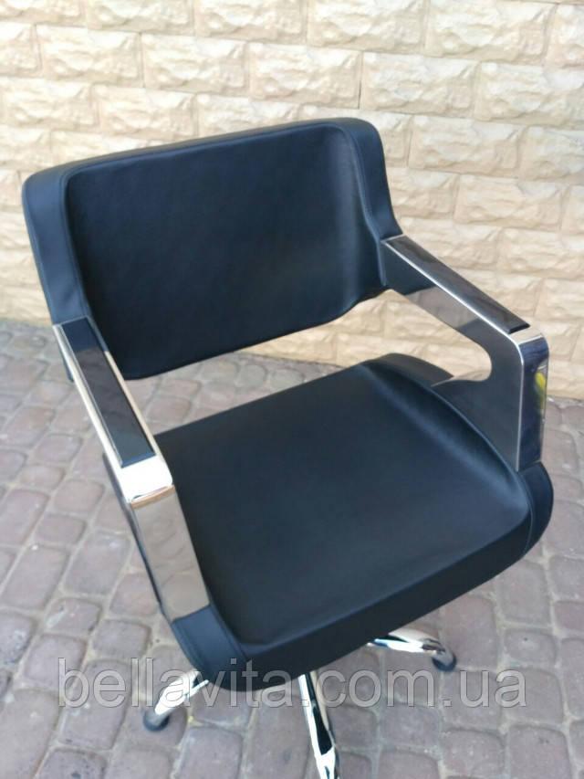 Фотография парикмахерского кресла Мерида