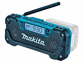 Аккумуляторный радиоприемник Makita DEAMR052 (Без АКБ и ЗУ)