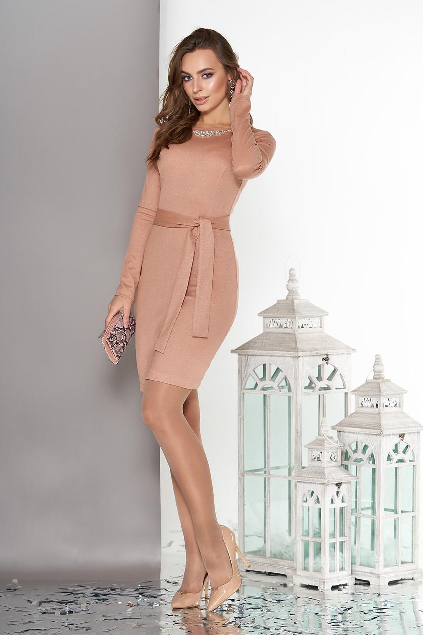 Элегантное платье с юбкой на ложный запах бежевое