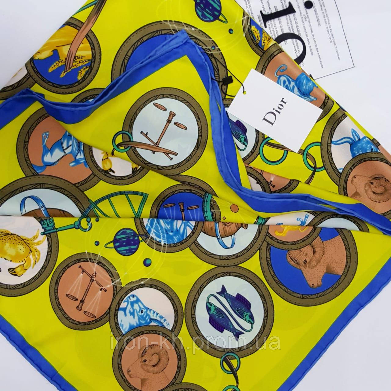 878200a7d340 Женский Платок Диор: продажа, цена в Харькове. шарфы от