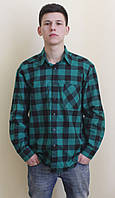 Зеленая теплая рубашка в клетку