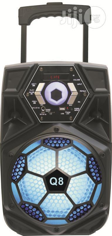 Портативная акустическая система Q8 Bluetooth AUX FM USB