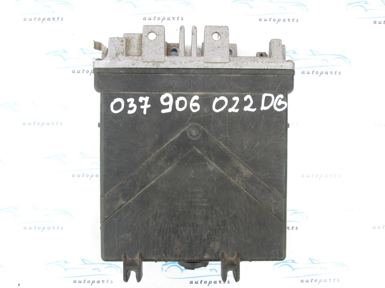 Блок управления VAG 037906022 DG
