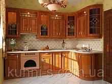 Классические кухни с деревянными фасадами