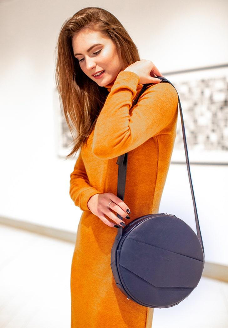 Сумочка круглая, кроссбоди, рюкзак натуральная кожа женская синяя (ручная работа)