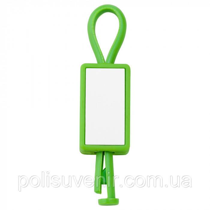 Пластиковый брелок c металлическими накладками