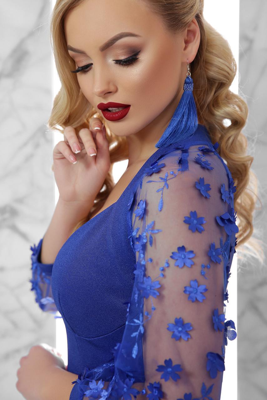 Шикарное вечернее платье с вышитыми рукавами