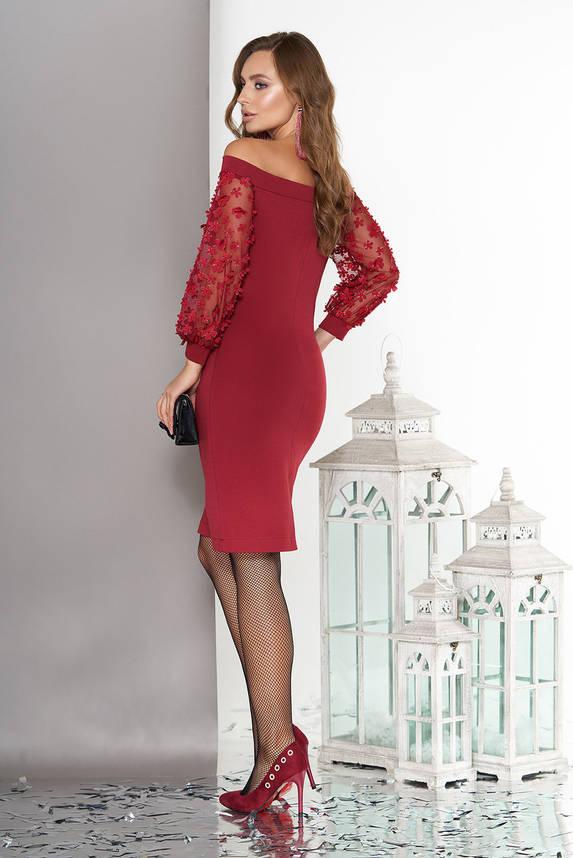 Вечернее платье с открытыми плечами бордовое, фото 2