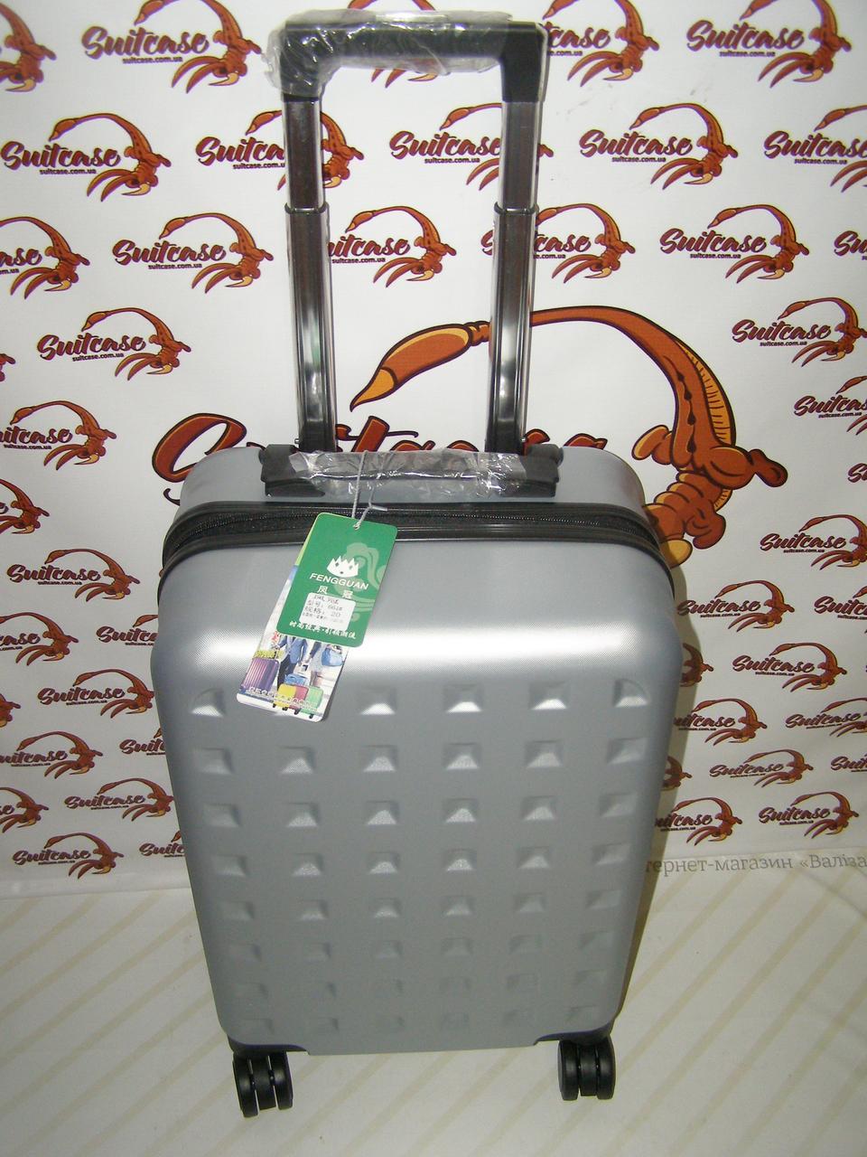7eee94271f00 Качественный Пластиковый чемодан на 4-х двойных колесах, серебристый ...