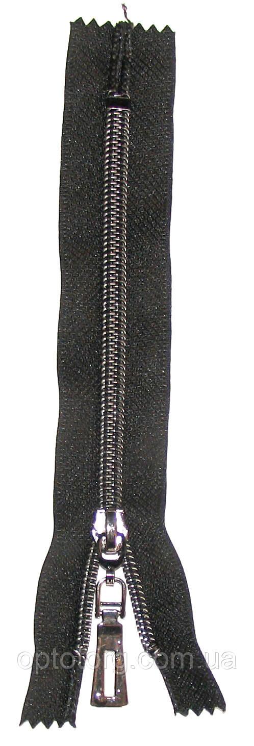 сильвер карманка №7 змейка молния серебро на черной ткани