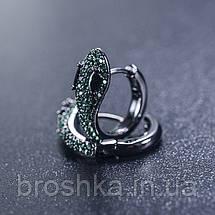 Серьги кольца в виде змеи с зелеными камнями ювелирная бижутерия, фото 3