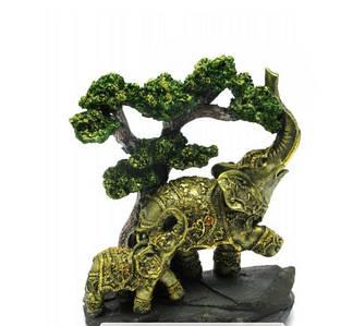 Слоны под деревом (21х18х9 см)
