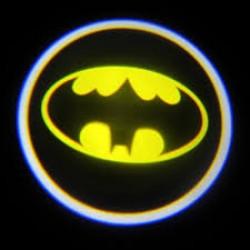 Підсвічування логотипу авто на двері Batman