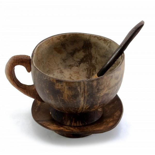 Чашка с ложкой и блюдцем из кокоса (9х12,5х11 см) ( 30170)