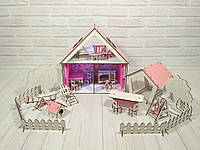 Домик для LOL. Домик для маленьких кукол ЛОЛ 2111 с обоями, шторками, мебелью, текстилем, лестницей и двориком