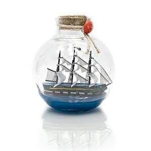 Парусник в бутылке (11х10х10 см) ( 23320)
